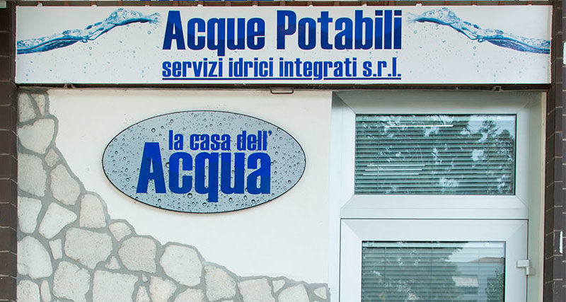 casetta_acqua_head